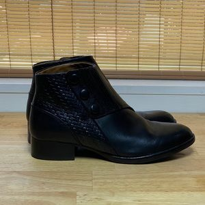 Ariat Women's Black Leather Ankle Bootie Boots